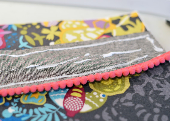 The Curvy Clutch Pattern and Tutorial