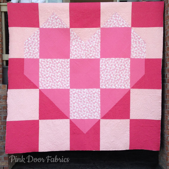 Valentine S Day A Free Quilt Pattern From Pink Door Fabrics